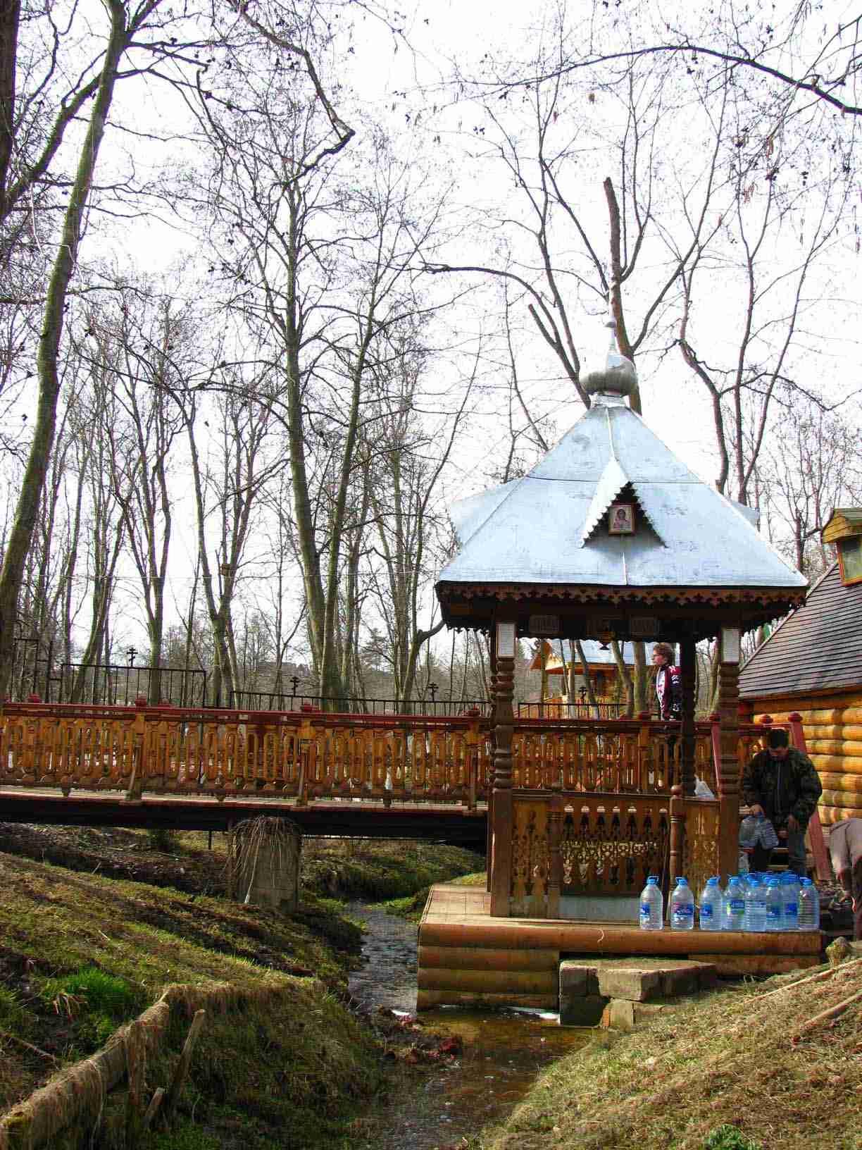 Святые источники - недорого в Москве - Доставка воды